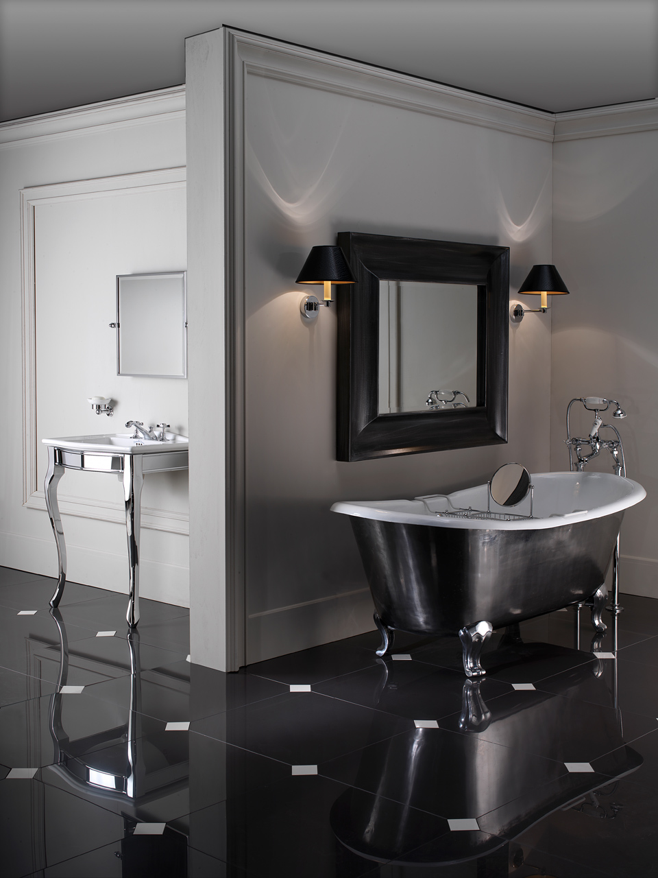 Classic Bathrooms: Devon & Devon: Admiral-Lux-e-Lady-Ambient