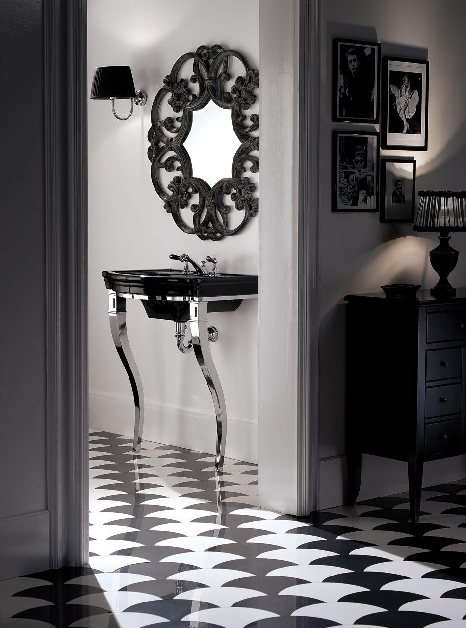 Classic Bathrooms: Devon & Devon: Marlene