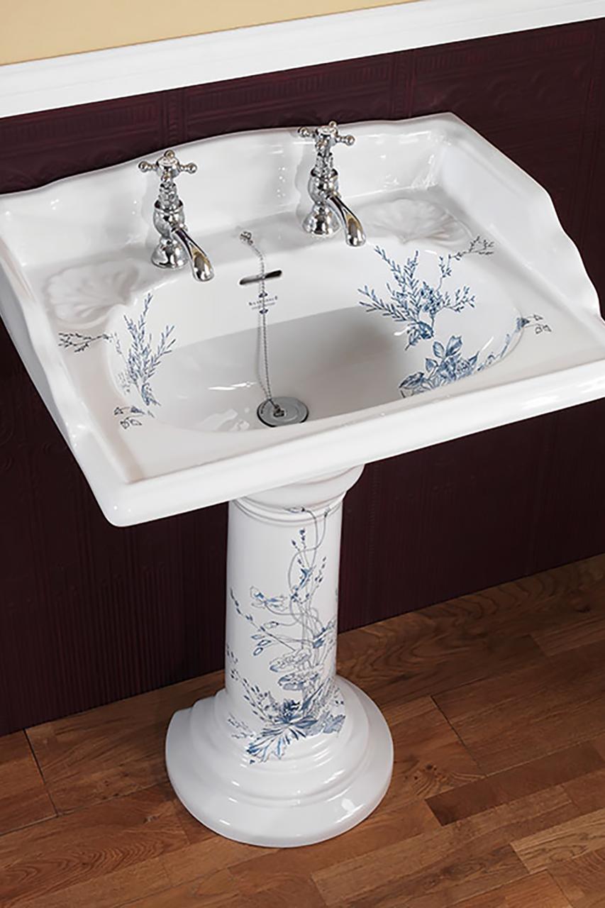 Victorian Blue Garden Von Silverdale-Bathrooms